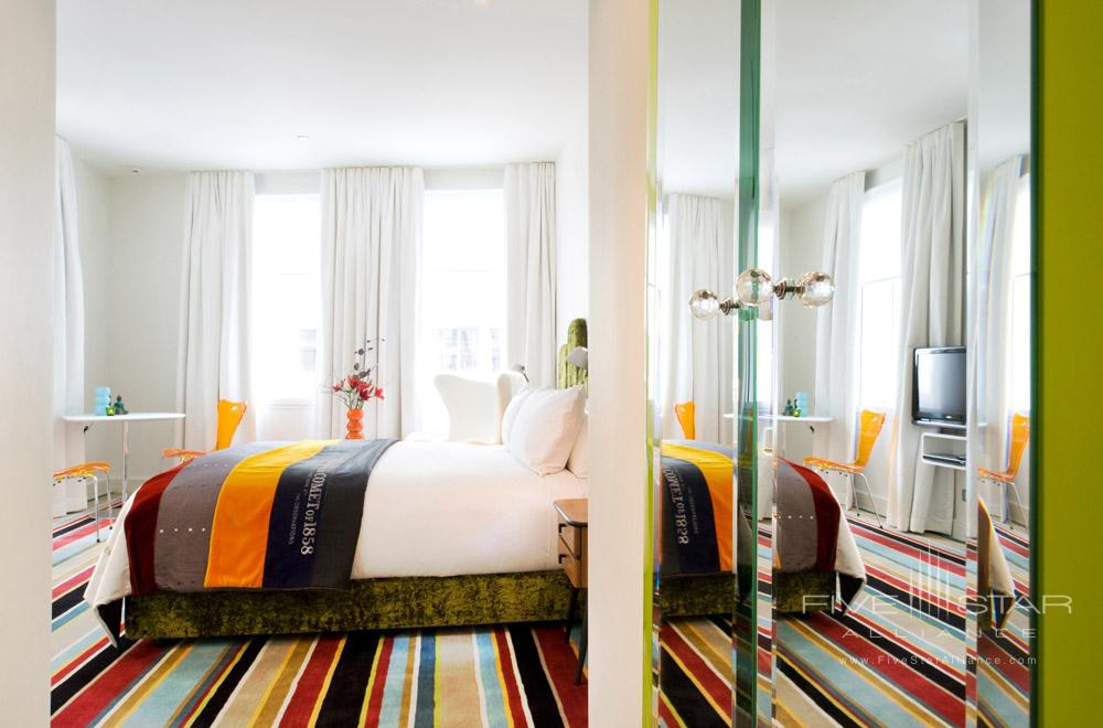 Classic Room at of Hotel DeBrett Auckland CityNew Zealand