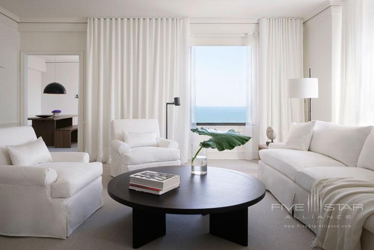 Public Hotel Chicago Celebrity Suites are 800-1200 square feet.