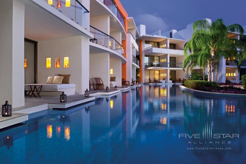 Exterior of the Swim Up Suites at Aura Cozumel Grand Resort