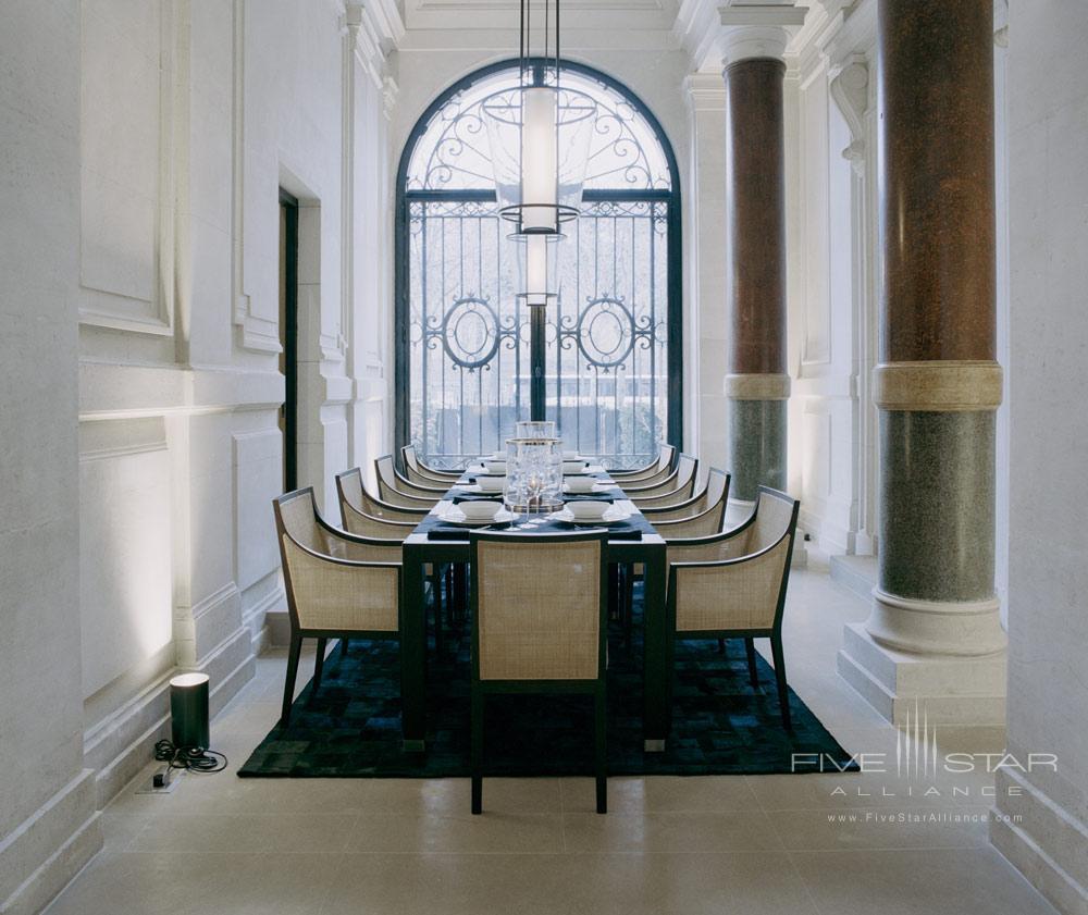 La Reserve Paris Business Meeting Space
