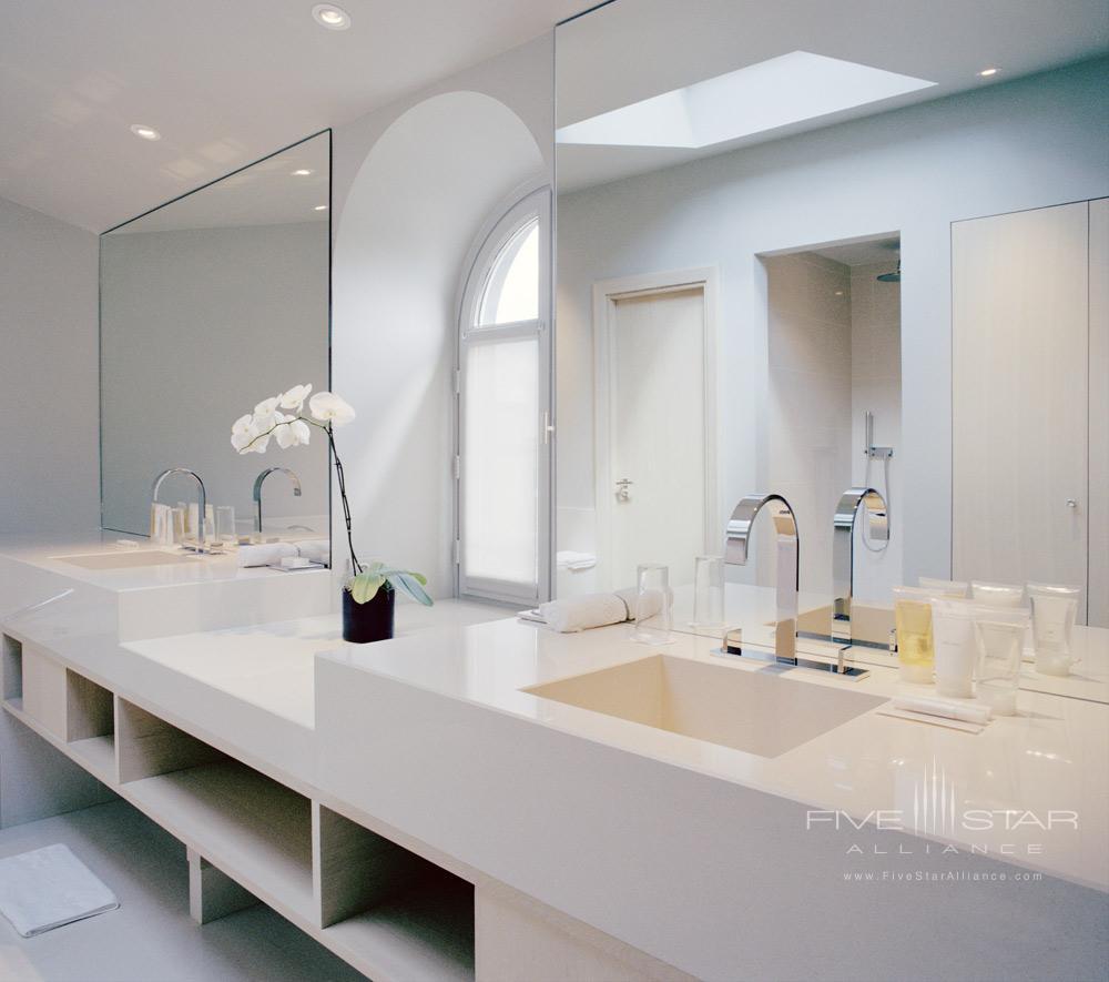 La Reserve Paris Guest Bath