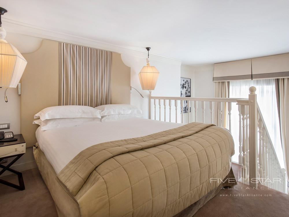 Duplex Junior Suite Bedroom at Castille Paris