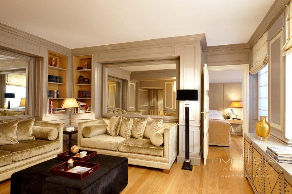 Living Room Apartment at Castille Paris