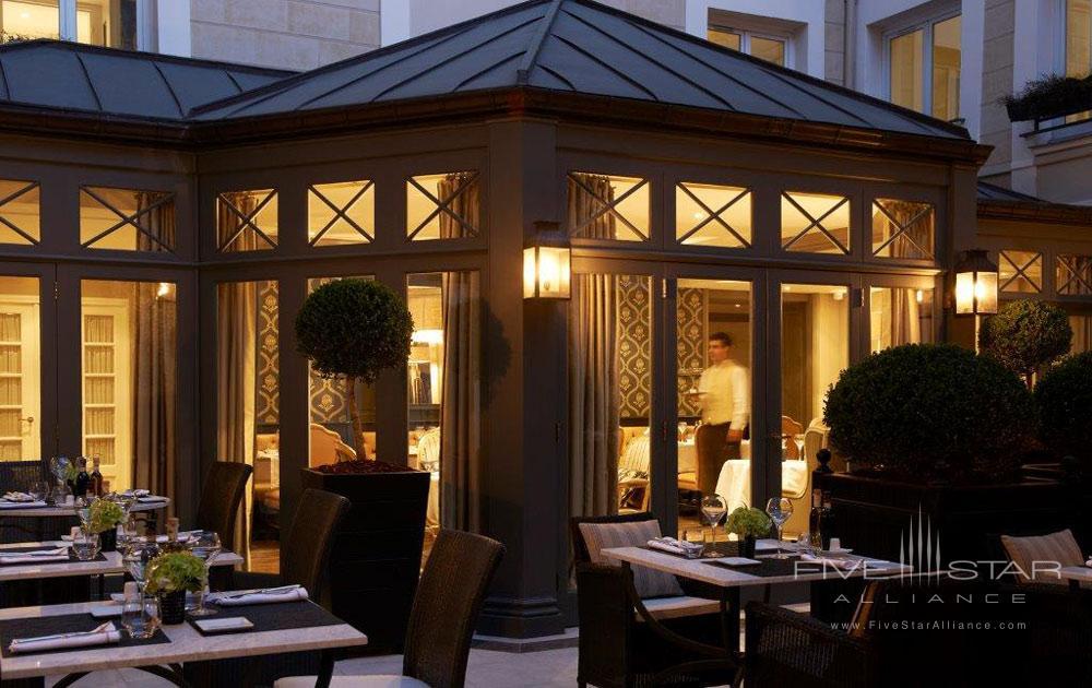 Assaggio Dining Room Exterior at Castille Paris
