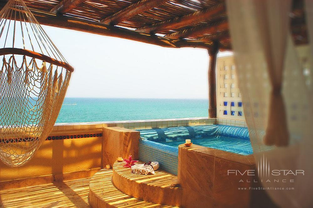 Villa Premiere Hotel and Spa Honeymoon Suite TerracePuerto Vallarta