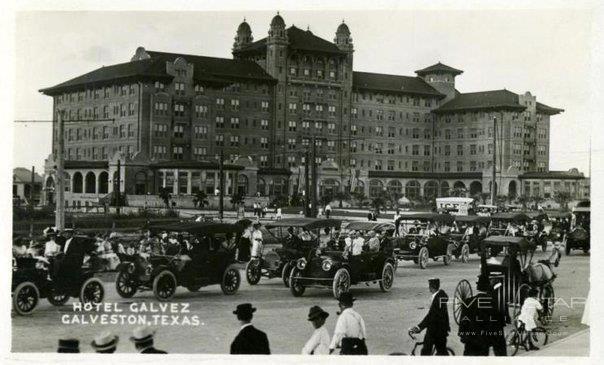 A vintage look at Hotel Galvez