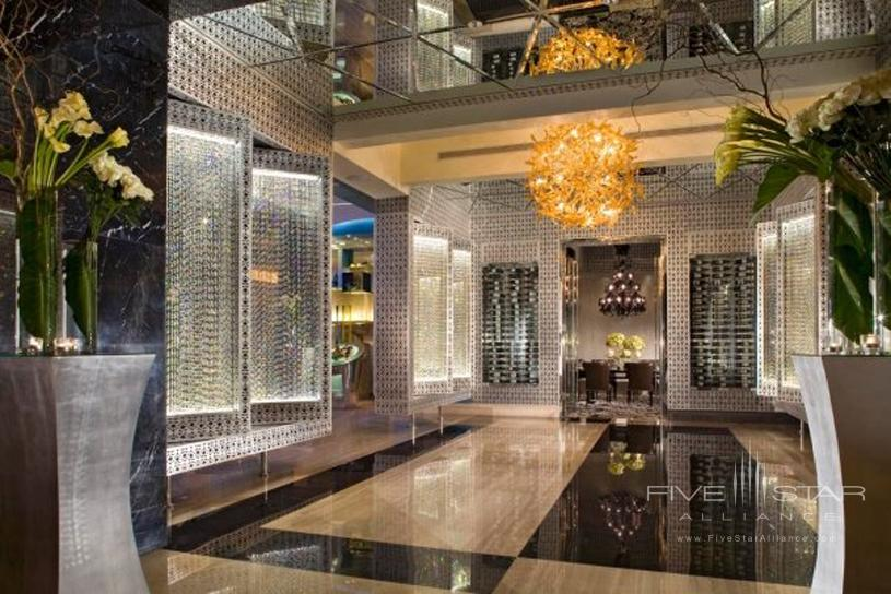 Hotel Mulia Senayan Entrance