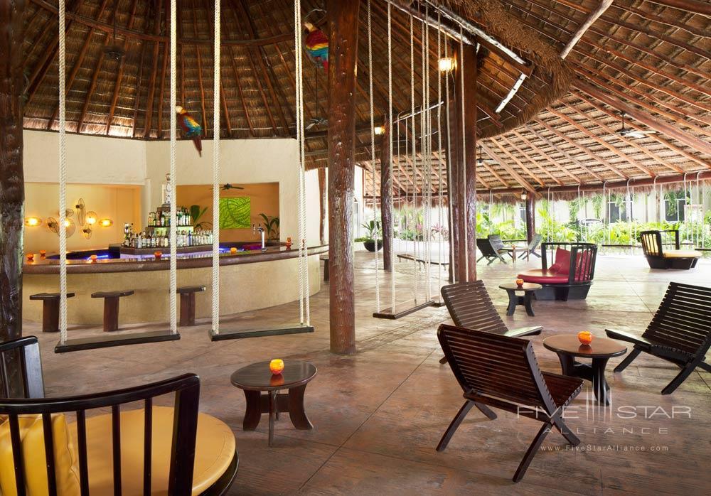 Guacamayas Bar at El Dorado Royale Spa Resort