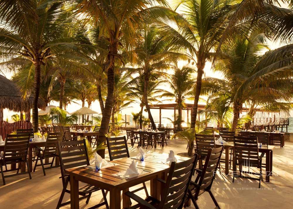 Jojos Restaurant at El Dorado Royale Spa Resort
