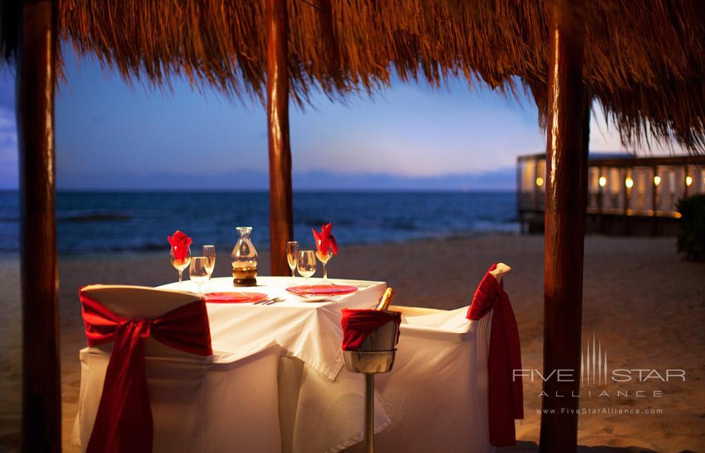 Candlelight Dinner at El Dorado Royale Spa Resort