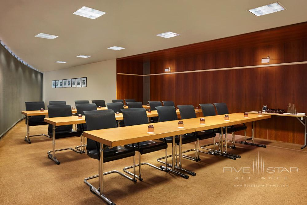 Meeting Space at Sheraton Hotel Charles De Gaulle Airport RoissyFrance