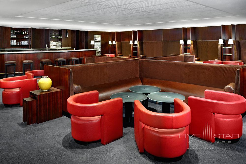 Bar at Sheraton Hotel Charles De Gaulle Airport RoissyFrance