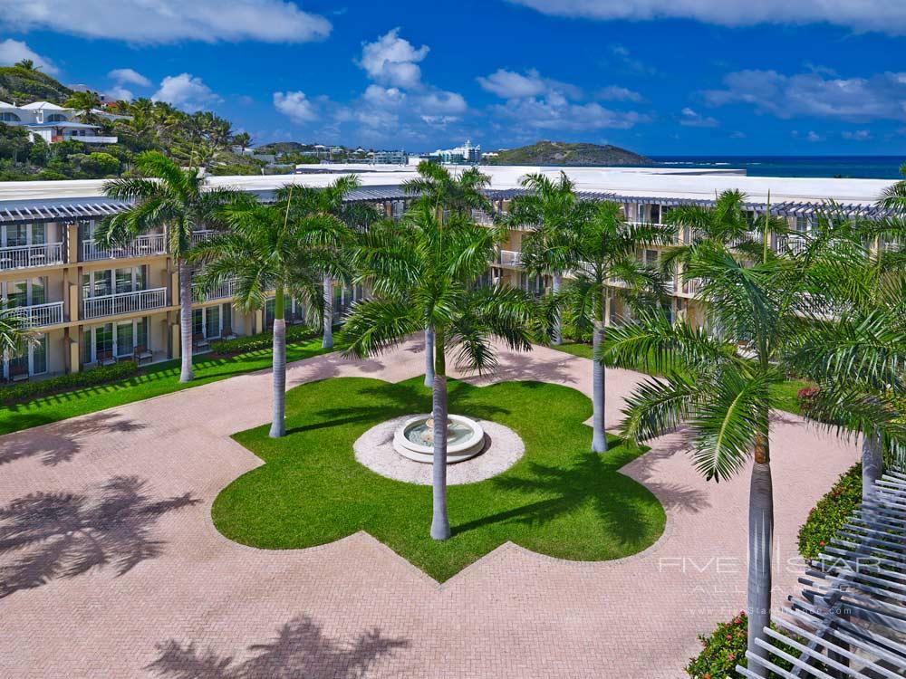 Courtyard at Westin Dawn Beach Resort