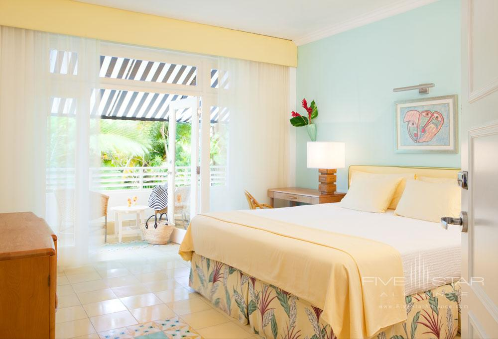 Deluxe Garden Room at Couples Tower Isle All Inclusive Resort
