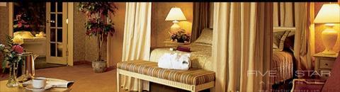 Chateau Vaudreuil Suites Hotel