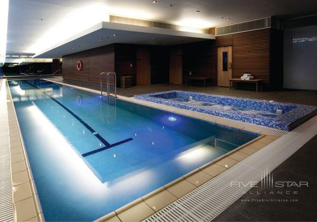 SKYCITY Grand Hotel Auckland Indoor Pool