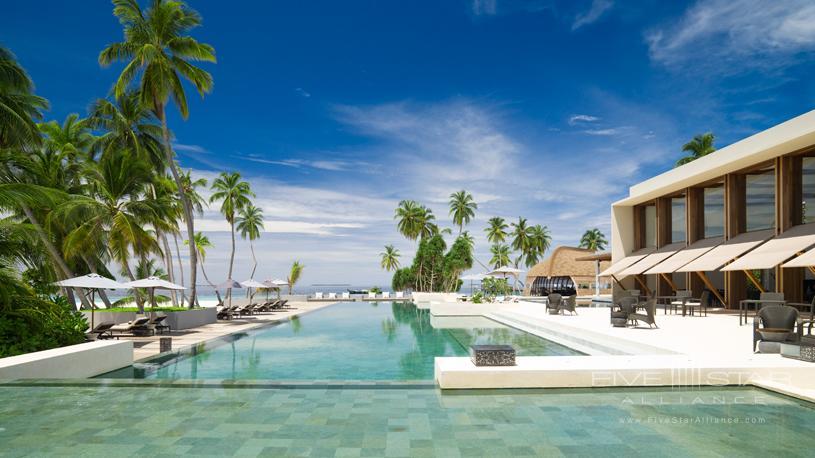 Park Hyatt Maldives Hadahaa Pool Area