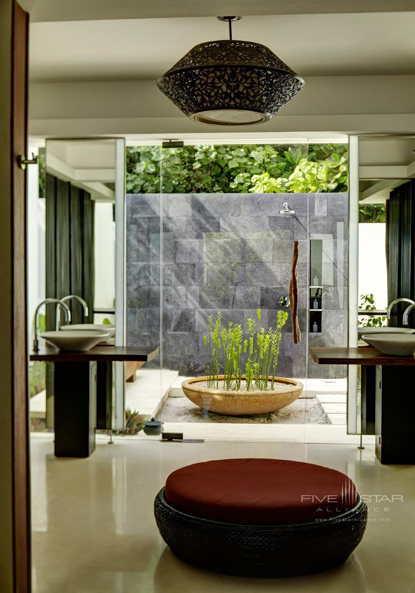 Park Hyatt Maldives Hadahaa Land Villa Bathroom Exterior