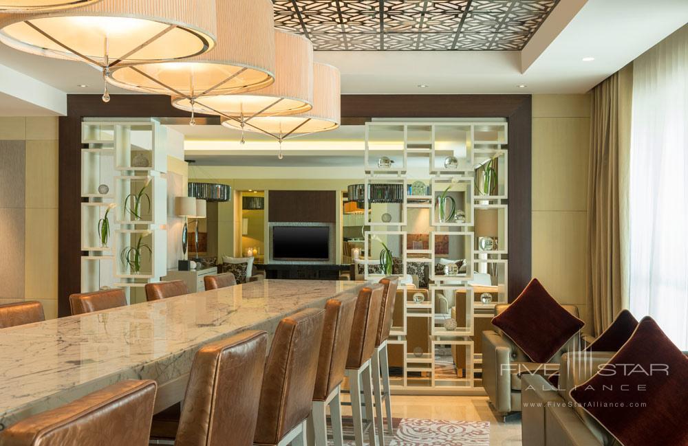 Bar at Le Meridien Bahrain City Centre