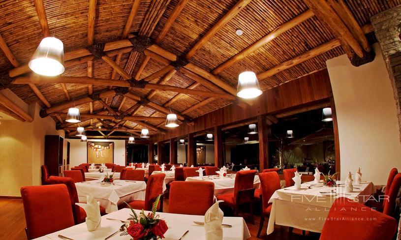 Hotel Rio Sagrado Dining
