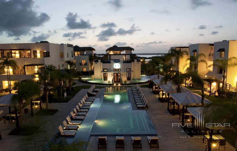 Las Terrazas Resort and Residences