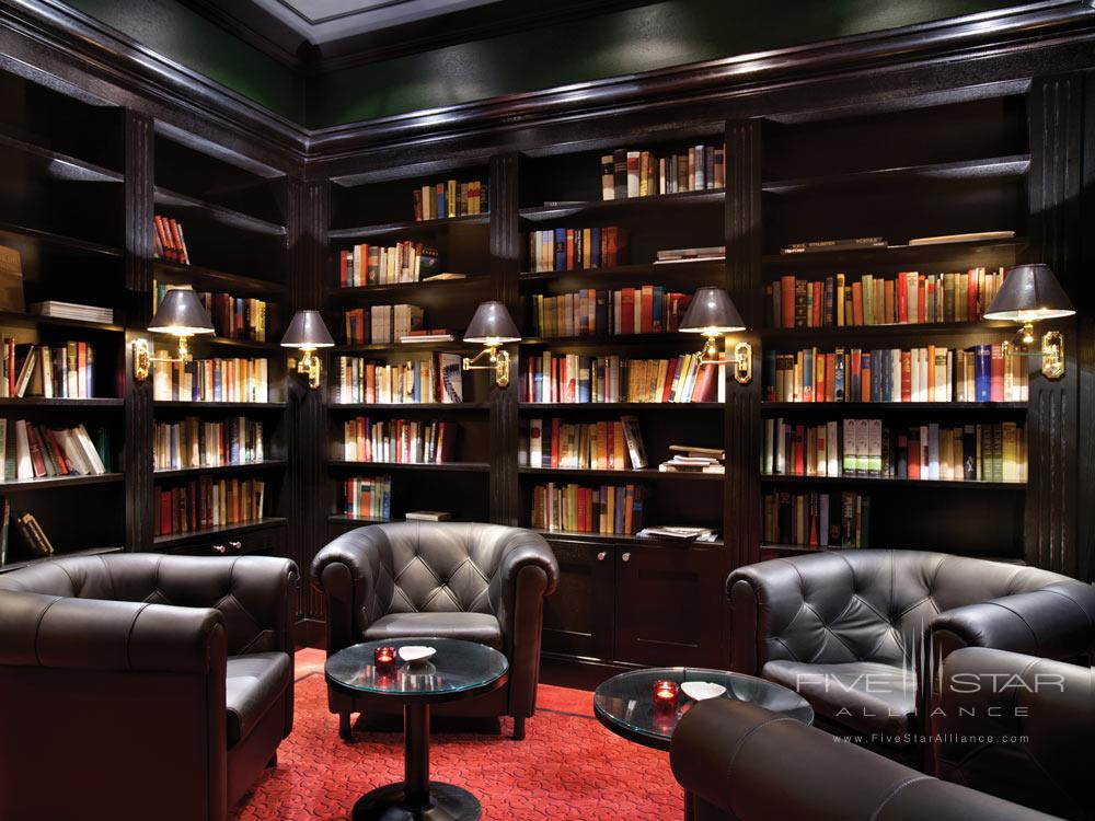 Kempinski Hotel Das Tirol cigar loungeAustria