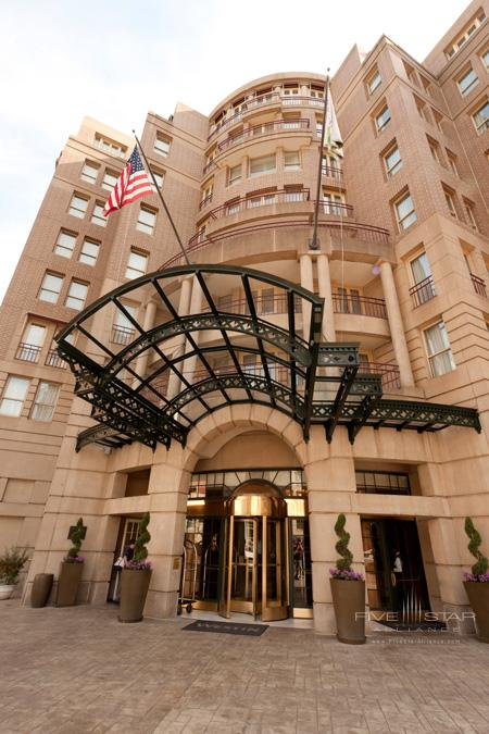 The Westin Georgetown Front Entrance