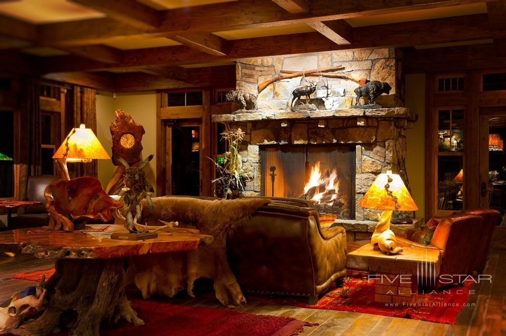 Lounge at Kessler CanyonDeBequeCO