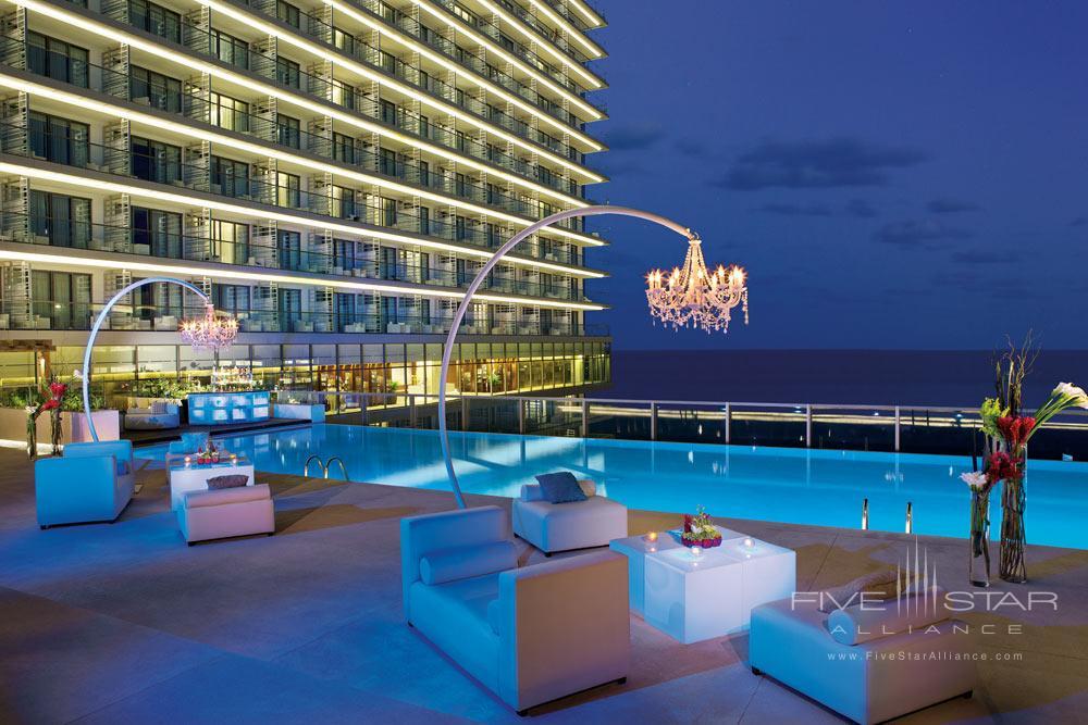 Preferred Club Private swimming pool at Secrets The Vine Cancun, Mexico