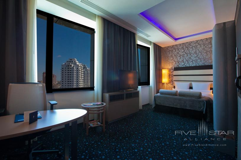 Chirag Plaza Hotel and Business Center