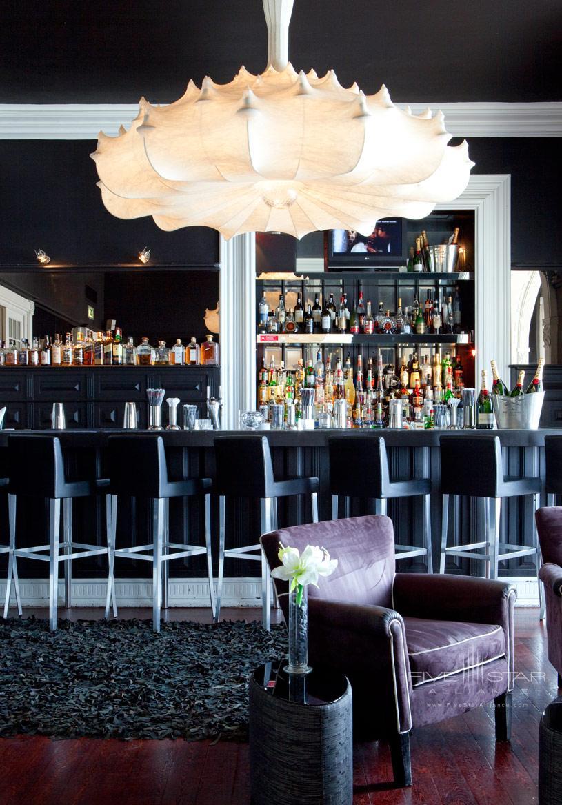 Bar at Farol Hotel