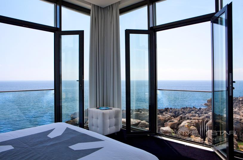 Room with Ocean View at Farol Hotel