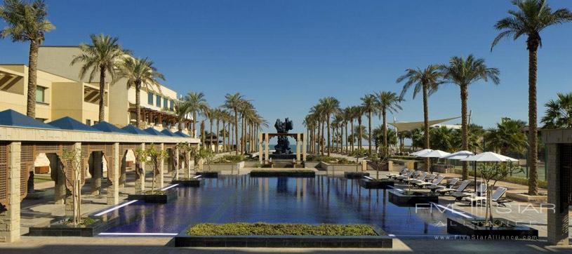Jumeirah Messilah Beach Hotel and Spa Swimming Pool