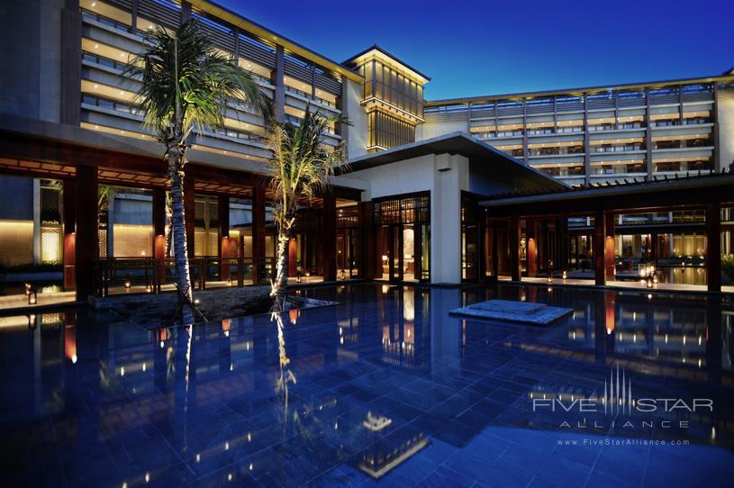 Anantara Sanya Resort and Spa