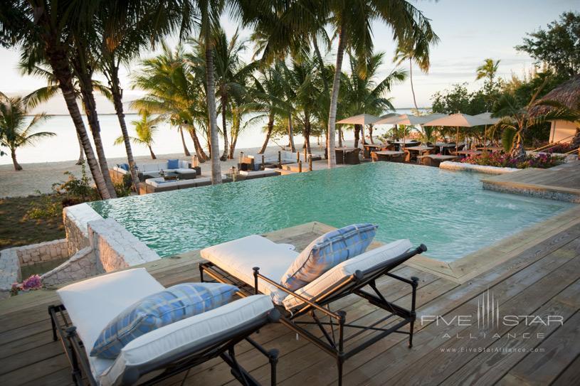 Tiamo Resort Outdoor Pool