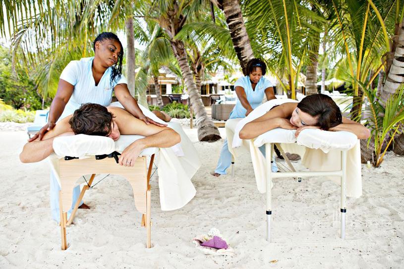 Tiamo Resort Outdoor Massage