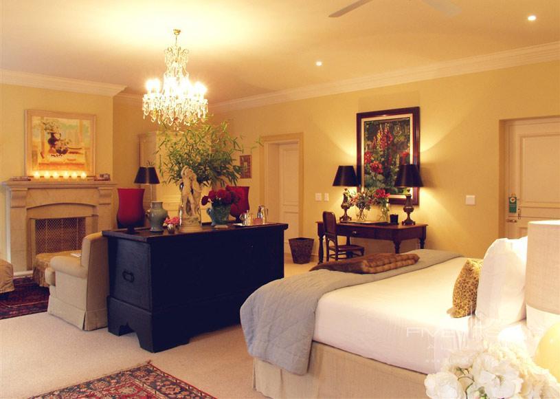 Kurland Hotel Interior of a Superior Suite