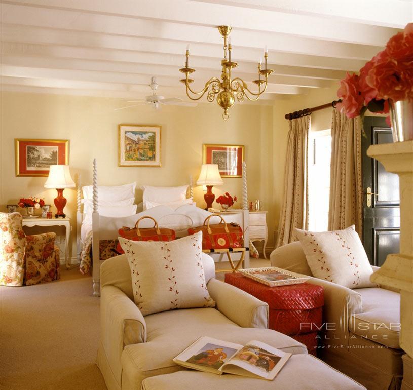 Kurland Hotel Luxury Suite