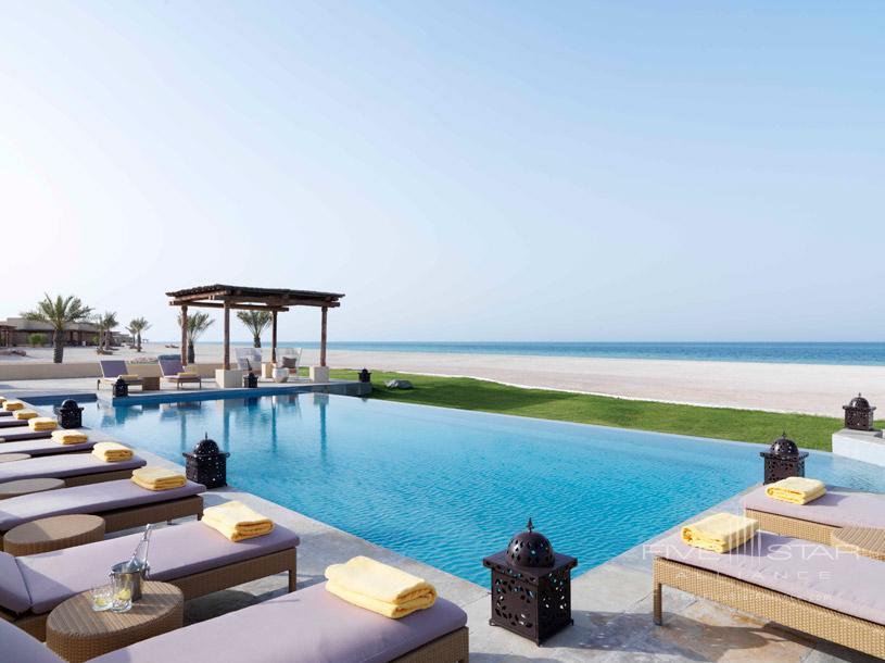Swimming Pool at Anantara Al Yamm Villa Resort