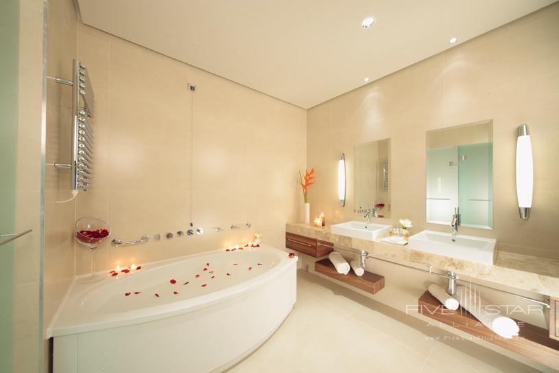 Bath at The Hotel Monte Mulini
