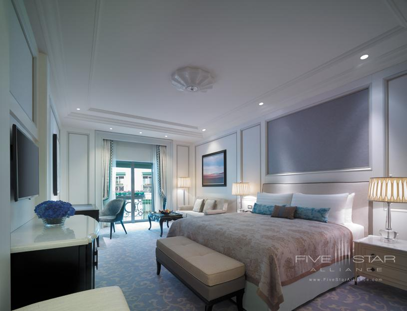 Guest room at Shangri la bosphorus