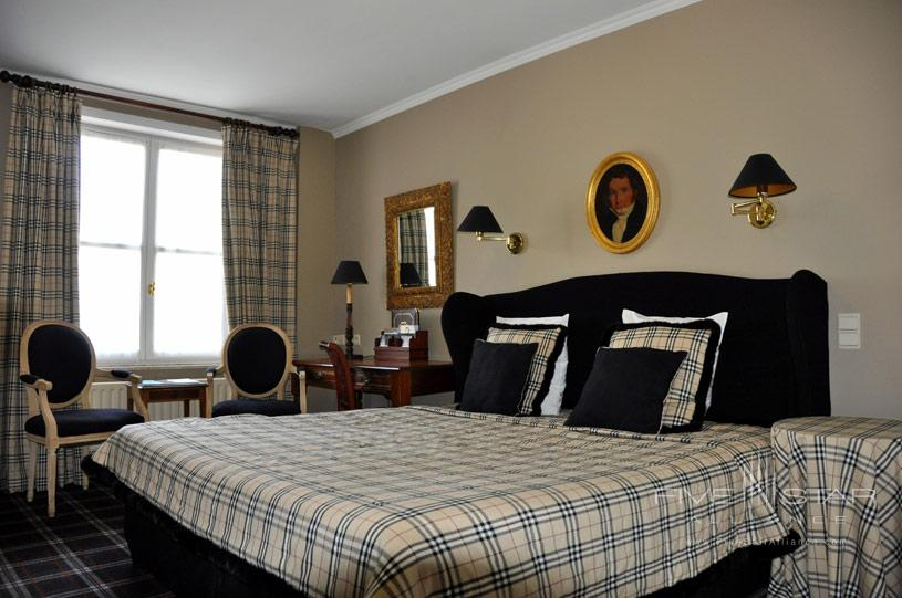 Deluxe Room at The Pand Hotel