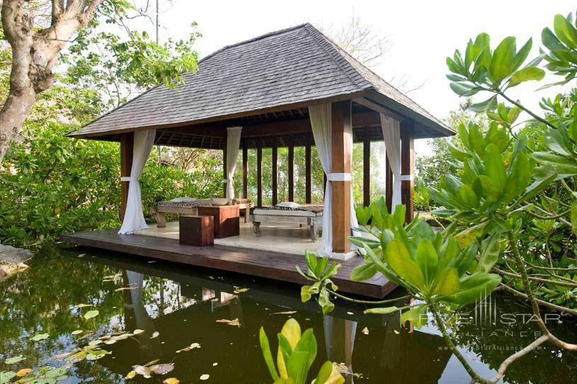 Floating Spa Room at The Ketapang Estate Hotel