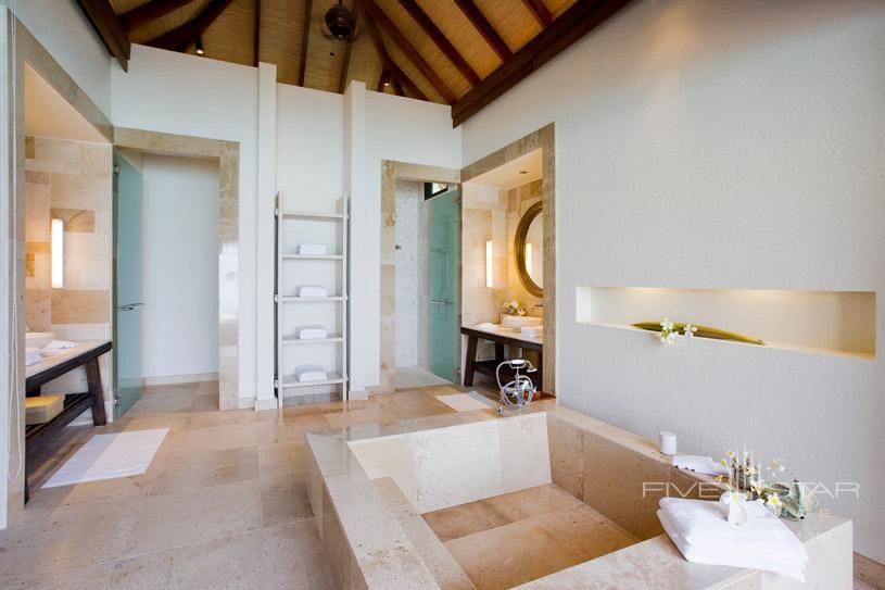 Water Villa Bath Area at Maalifush Como