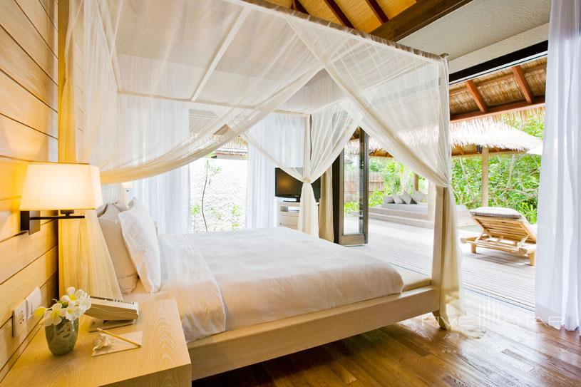 View From The Garden Suite at Maalifush Como