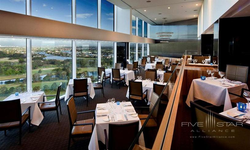 Royal Pines Resort Dining Area