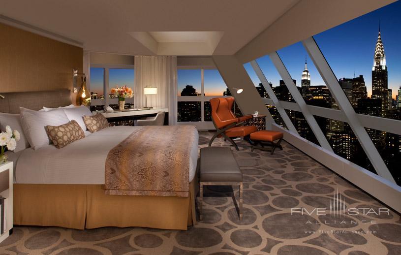 One UN New York Hotel Duplex Suite King