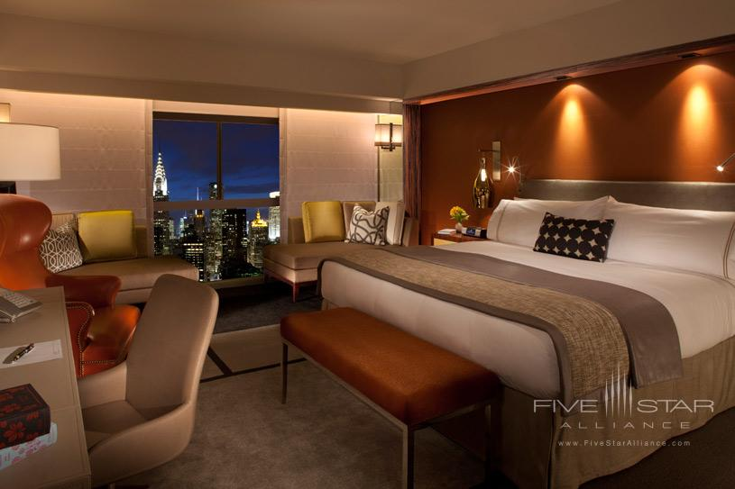 One UN New York Hotel Deluxe Room