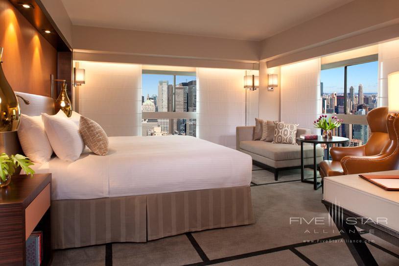 One UN New York Hotel Deluxe Corner King Room