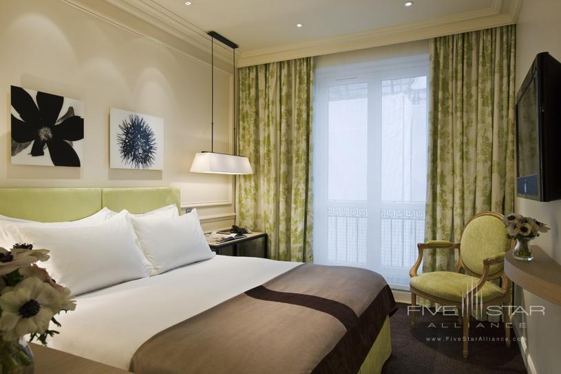 Classic Room at Grand Palais Royale Hotel